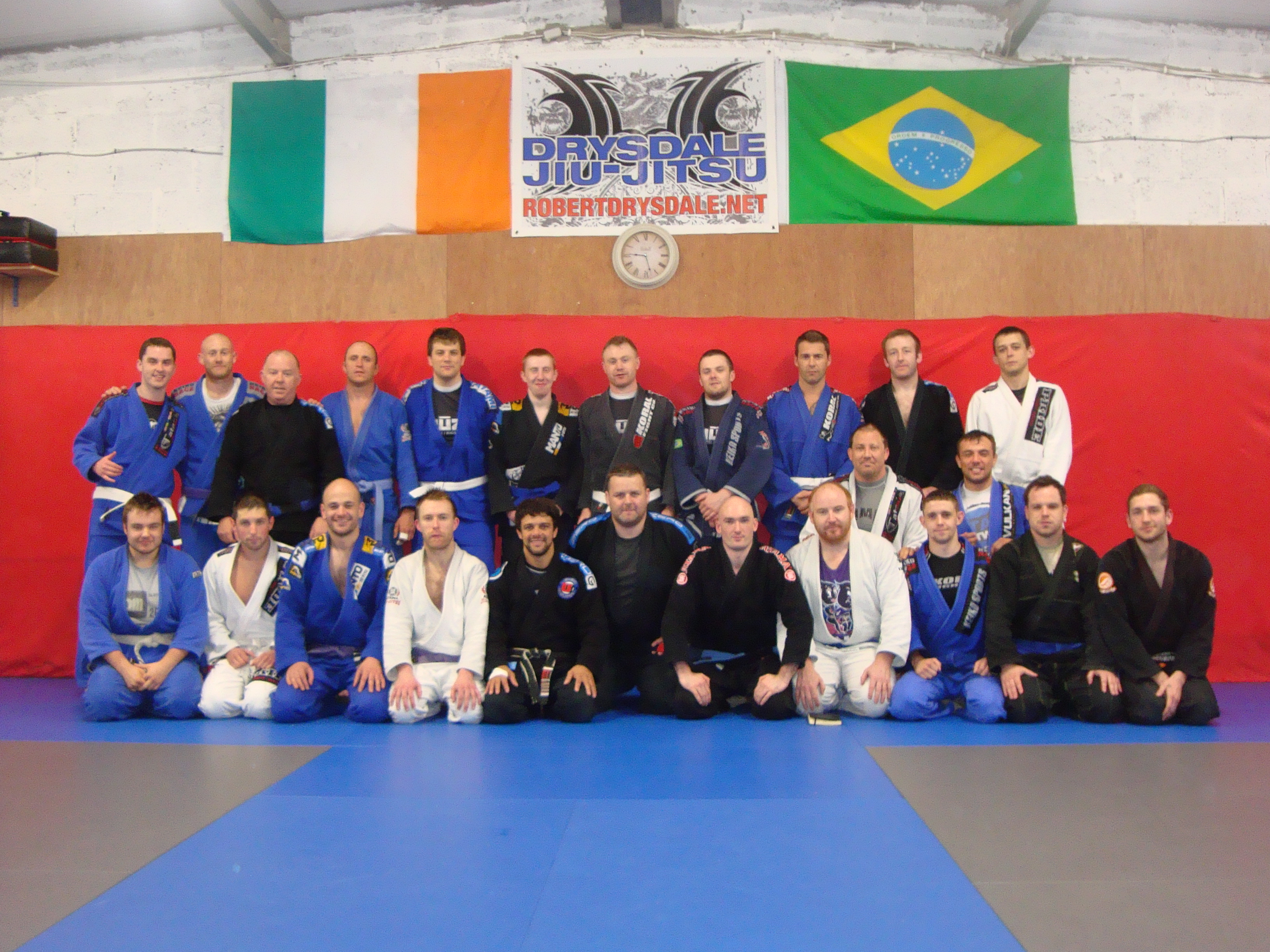 The seminar crew- Robson 5th from left in the front row, with coaches from the three supporting clubs alongside him