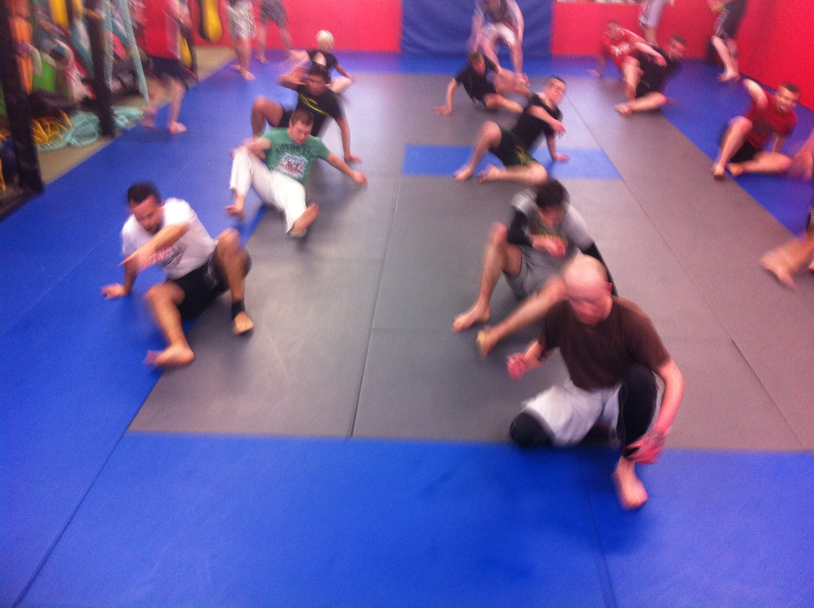 Warming Up with some mat mobility drills
